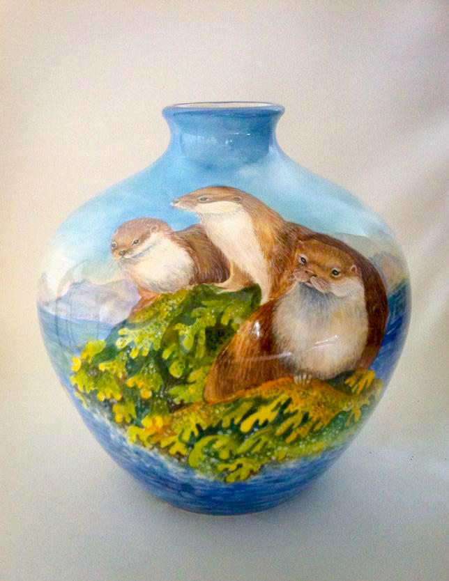 Otter Vase 001